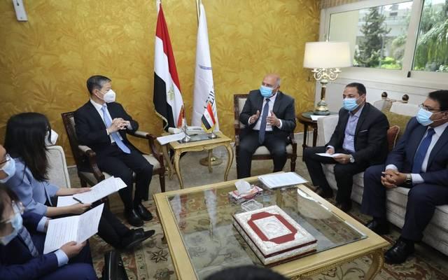 مباحثات مصرية صينية لتوفير التمويل للمرحلتين 3 و4 من مشروع القطار الكهربائي