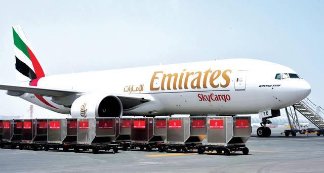 إحدى طائرات شركة الإمارات للشحن الجوي