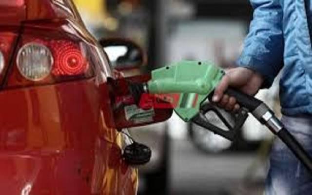 """مصر تنفي رفع أسعار السولار والبنزين بعد تعديلات قانون """"رسم التنمية"""""""