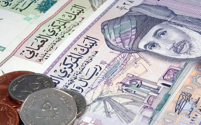الجنيه المصري تراجع أمام العملة العُمانية
