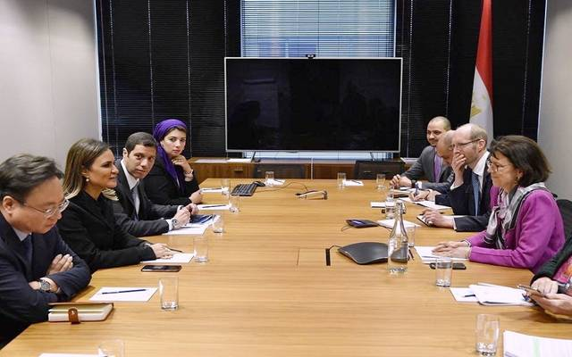 خلال لقاء وزيرة الاستثمار المصرية سحر نصر، وبيتسي نيلسون، نائب رئيس البنك الأوروبي لإعادة الإعمار والتنمية لشؤون المخاطر