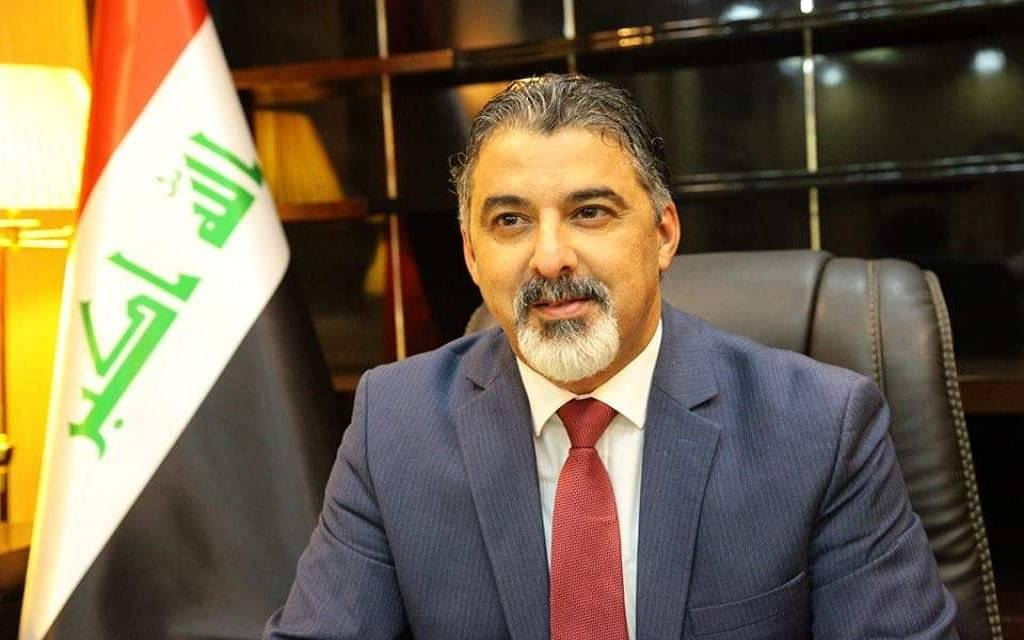 The Ministry of Labor in Iraq establishes instructions granting privileges to contractors in the public sector 1024