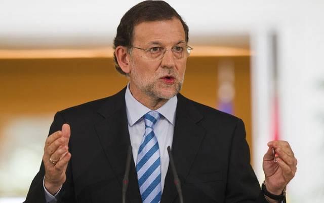 رئيس وزراء إسبانيا يحل برلمان كتالونيا
