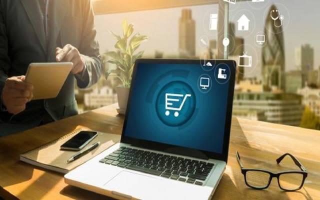 الضرائب المصرية: حصر وتسجيل شركات التجارة العاملة عبر المواقع الإلكترونية