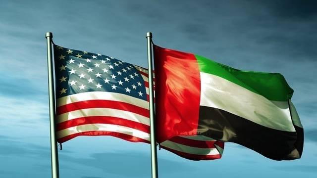علم دولة الإمارات العربية المتحدة والولايات المتحدة