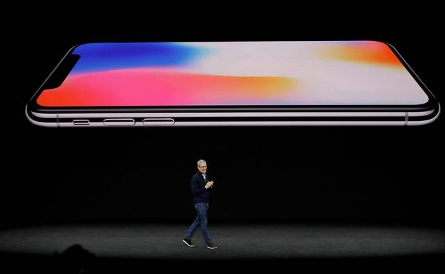 Apple launches iPhone Xs and iPhone Xs Max