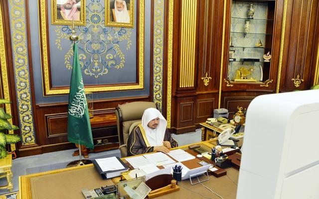 رئيس مجلس الشورى السعودي، عبدالله آل الشيخ، خلال ترؤوسه جلسة سابقه للمجلس