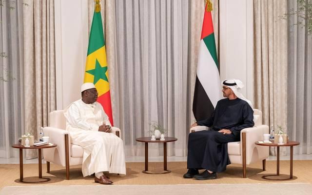 جانب من اجتماع الشيخ محمد بن زايد ورئيس السنغال