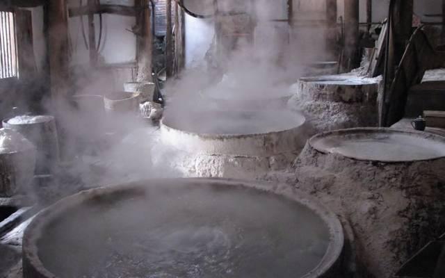 """""""الكوت"""" تنتج الملح الصناعي والكلورين والصودا الكاوية والأحماض المختلفة"""
