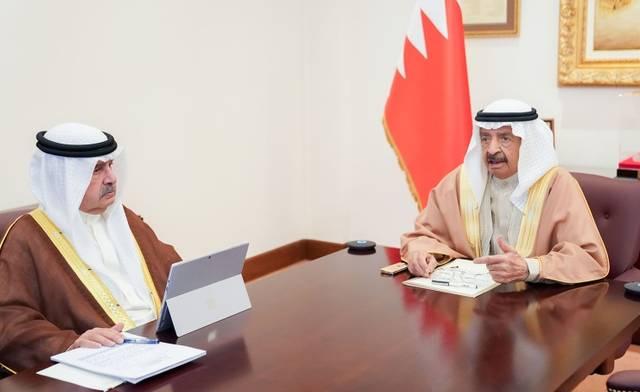 جانب من رئاسة رئيس وزراء البحرين لجلسة اليوم
