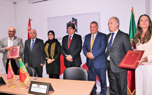 بعد توقيع الاتفاقية بين الجانبين التونسي والبرتغالي