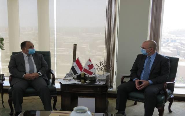خلال لقاء وزير المالية مع السفير الكندى بالقاهرة