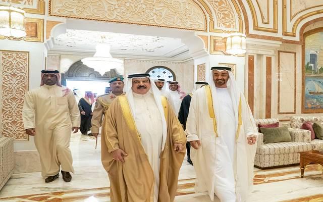 ولي عهد أبوظبي وملك البحرين