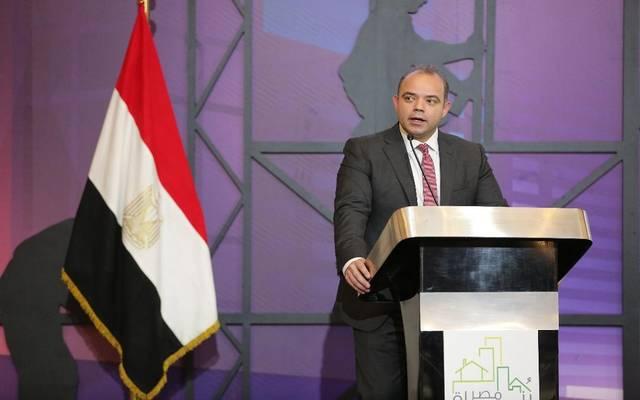محمد فريد رئيس البورصة المصرية خلال ملتقى بناة مصر