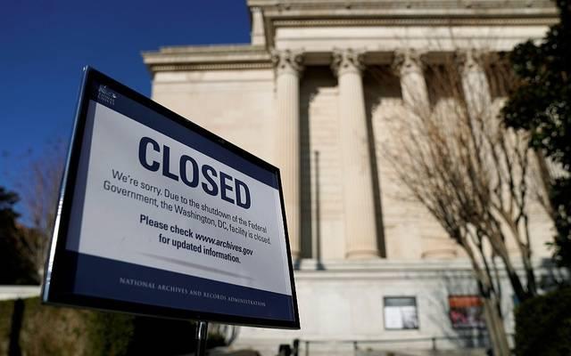 كيف يتأثر الاقتصاد الأمريكي بالإغلاق الجزئي للحكومة؟