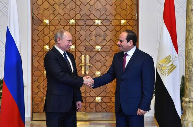 الرئيسان فلاديمير بوتين وعبد الفتاح السيسي