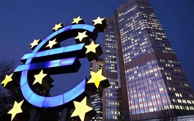عضو بالمركزي الأوروبي:تأخير توزيع لقاح كورونا أكبر خطر يواجه الاقتصاد