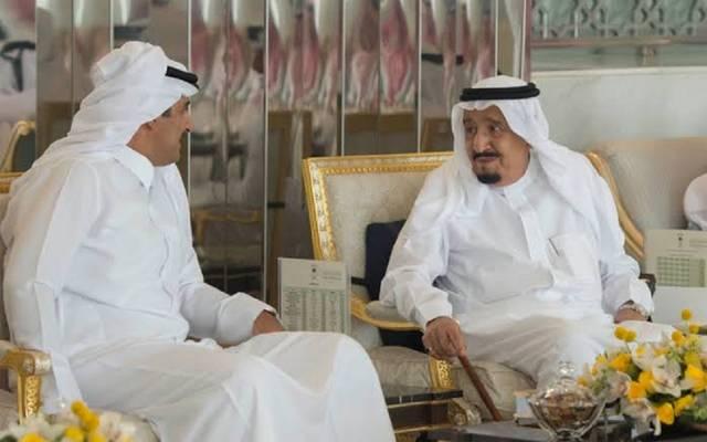الملك سلمان وأمير قطر - أرشيفية
