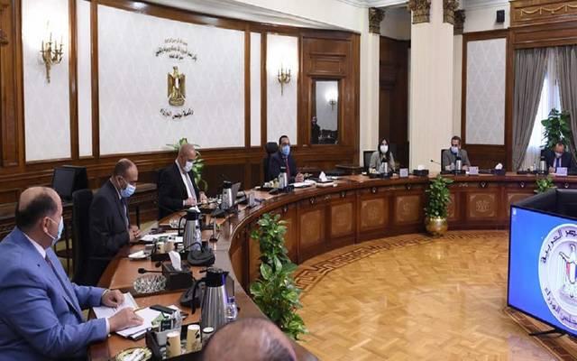 رئيس الوزراء المصري يستكمل مناقشة ضوابط وآليات تنظيم السوق العقارية
