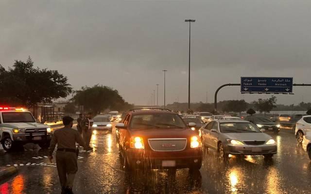 الأرصاد السعودية تتوقع استمرار هطول الأمطار بمختلف المناطق