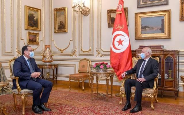 رئيس الوزراء المصري خلال لقاء لارئيس التونسي