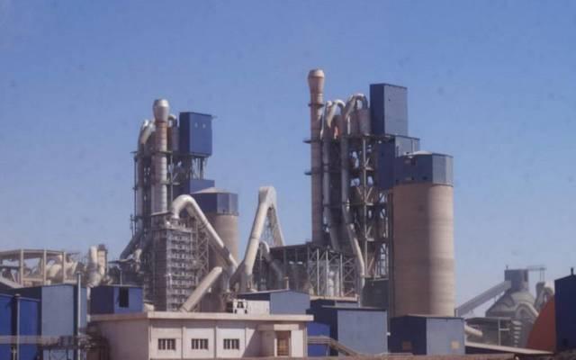 مصنع تابع لشركة أسمنت المدينة