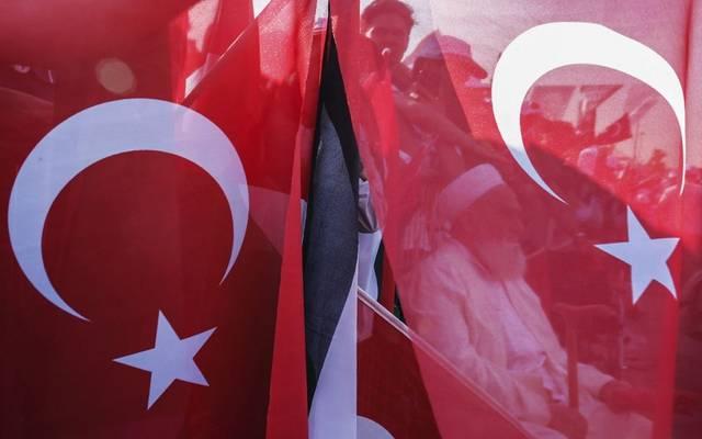 تقلبات بالأصول المالية لتركيا بعد الانتخابات المحلية