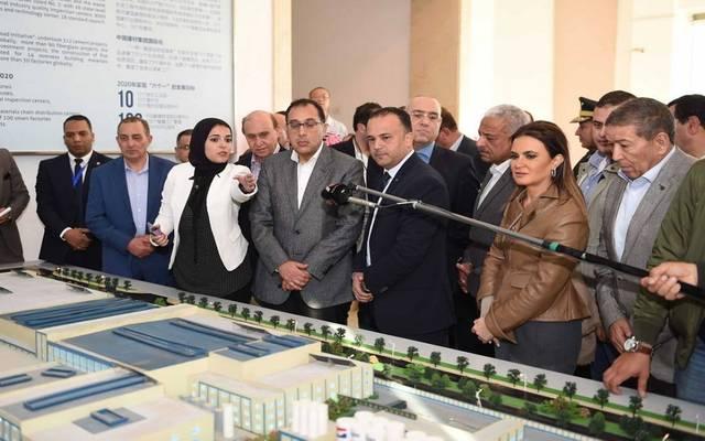 """رئيس الحكومة يتفقد منطقة التعاون الاقتصادي بين مصر والصين """"تيدا"""""""