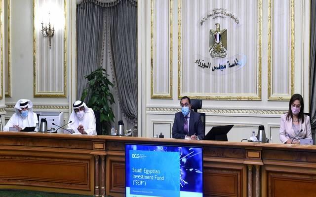 خلال لقاء رئيس مجلس الوزراء المصري، مع  وزير الدولة عضو مجلس الوزراء السعودي