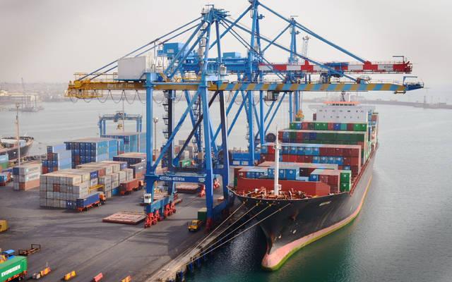 عمليات تداول الحاويات بالموانئ التونسية