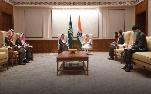 رئيس وزراء الهند خلال استقباله وزير الخارجية السعودي