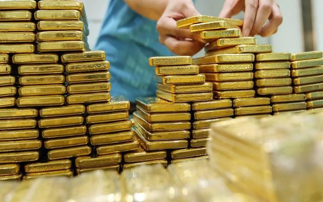 محدث.. الذهب يرتفع للجلسة الخامسة عند مستوى قياسي جديد