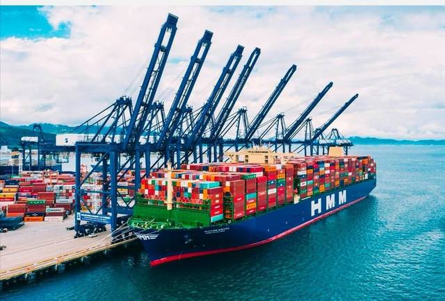 World's largest container to cross Egypt's Suez Canal