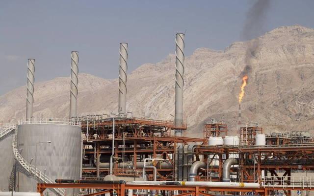 أحد مواقع العمل في حقول النفط بالكويت