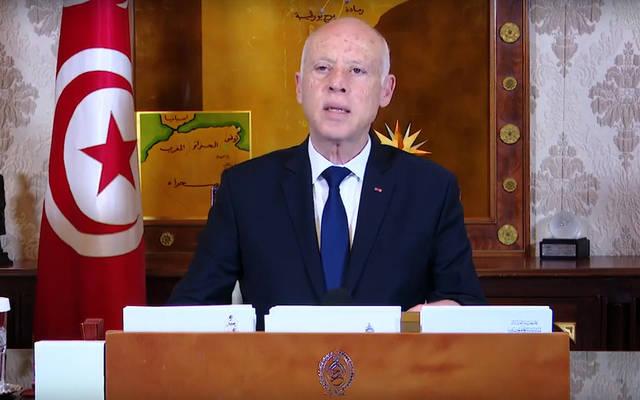 فيديو.. الرئيس التونسي يحظر التجوال و يدعو لجدولة ديون المتضررين