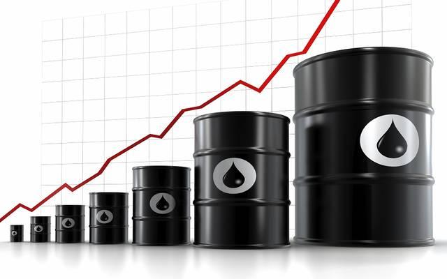 صعود مفاجىء لمخزونات النفط بالولايات المتحدة