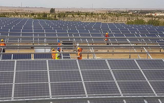 لوحات طاقة شمسية - أرشيفية