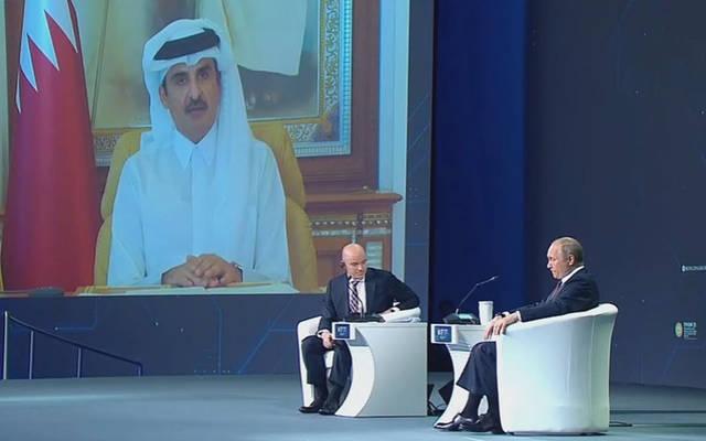 قطر تستهدف زيادة إنتاج الغاز 40% بحلول 2026.. وتدعو روسيا لاستكشاف فرص الاستثمار