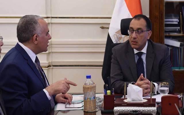 وزير الري خلال لقاء سابق مع رئيس الحكومة مصطفى مدبولي