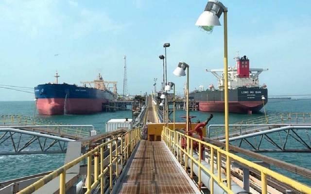 تحميل ناقلات النفط بالموانئ العراقية