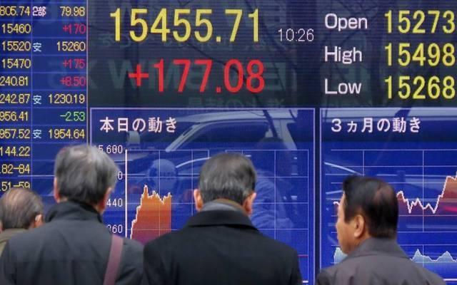 نيكي الياباني يرتفع من أدنى مستوى في 6 أشهر