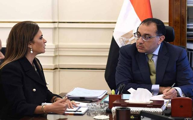 رئيس الحكومة خلال لقاء مع وزيرة الاستثمار