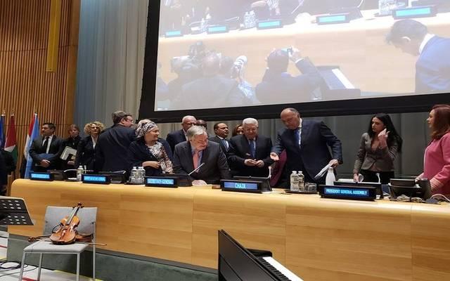 وزير الخارجية المصري يدعو الرئيس الفلسطيني لإلقاء كلمة خلال الاجتماع
