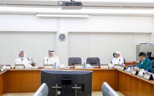 جانب من اجتماع لجنة الميزانيات والحساب الختامي بمجلس الأمة الكويتي