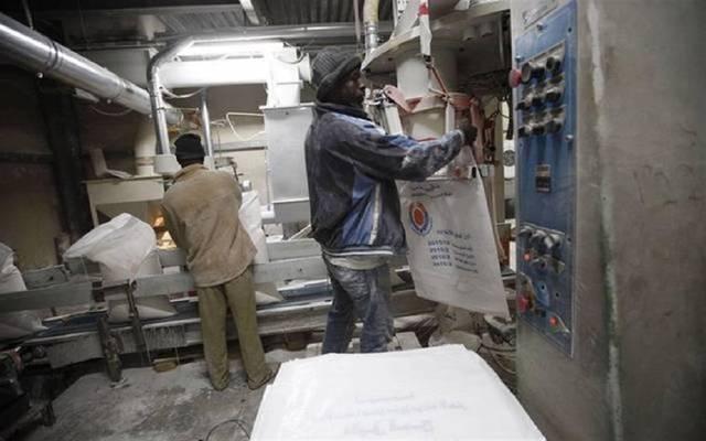 القوى العاملة تكشف تفاصيل مشكلة آلاف العاملين بمطاحن مصر العليا - معلومات مباشر