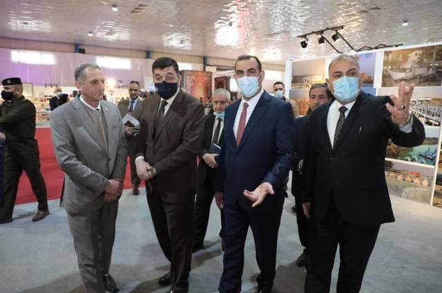 """وزير التخطيط العراقي خالد بتال النجم خلال زيارة السيد الوزير إلى معرض """"صُنع في العراق"""""""