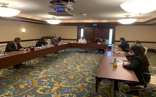 """خلال لقاء الرئيس التنفيذي لهيئة الاستثمار مع مسؤولي """"سكاي أبوظبي"""""""