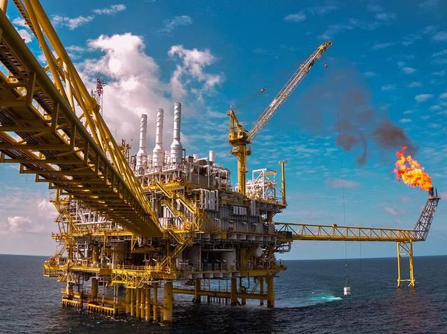 10 معلومات عن الاندماج المحتمل لتأسيس كيان عملاق لخدمات النفط بأبوظبي