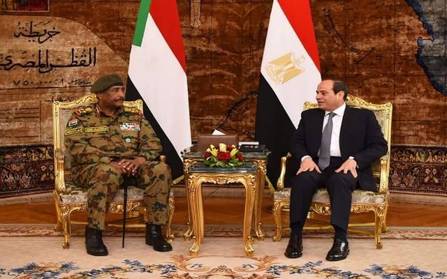 الرئيس السيسي خلال لقاء رئيس المجلس العسكري الانتقالي بالسودان