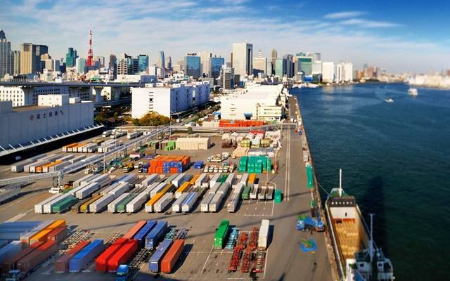 صادرات الصين تتراجع بأكبر وتيرة منذ فبراير